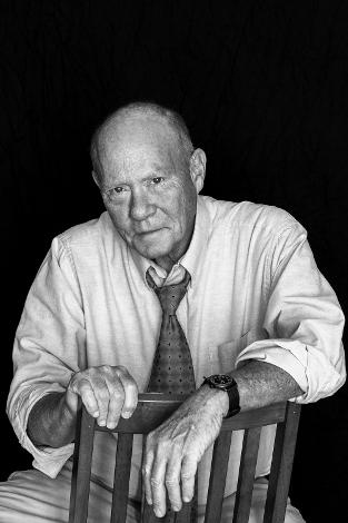 Gordon L. Dillow