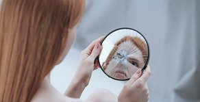 Plastic Surgeon Looks at Body Dysmorphic Disorder