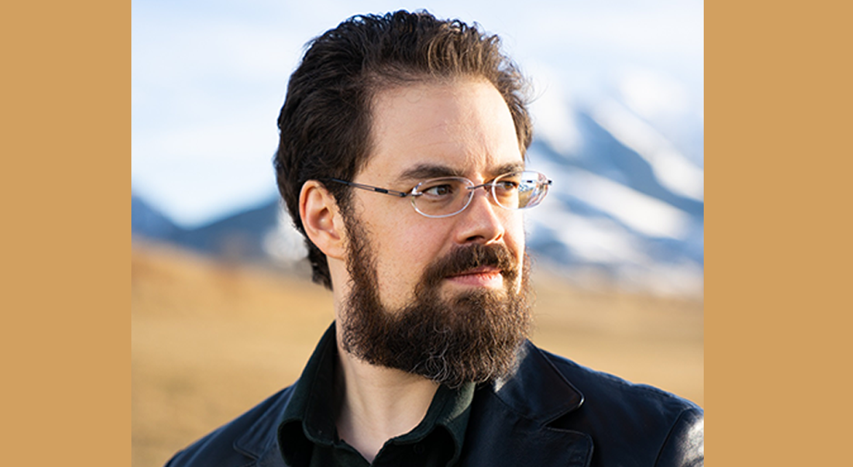 YA Fantasy Author Christopher Paolini is Turning to Science Fiction