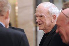 Milan Kundera Has Czech Citizenship Restored After 40 Years