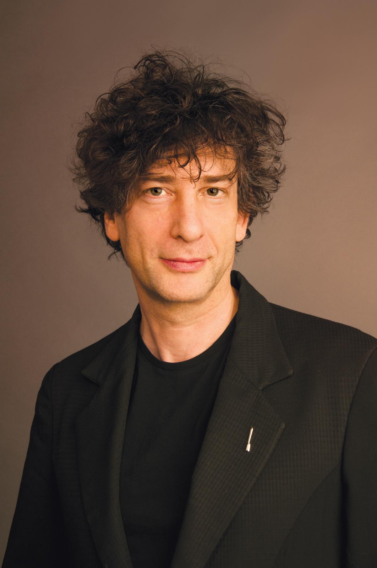 Neil Gaiman Crowd-Sources Poem on Twitter