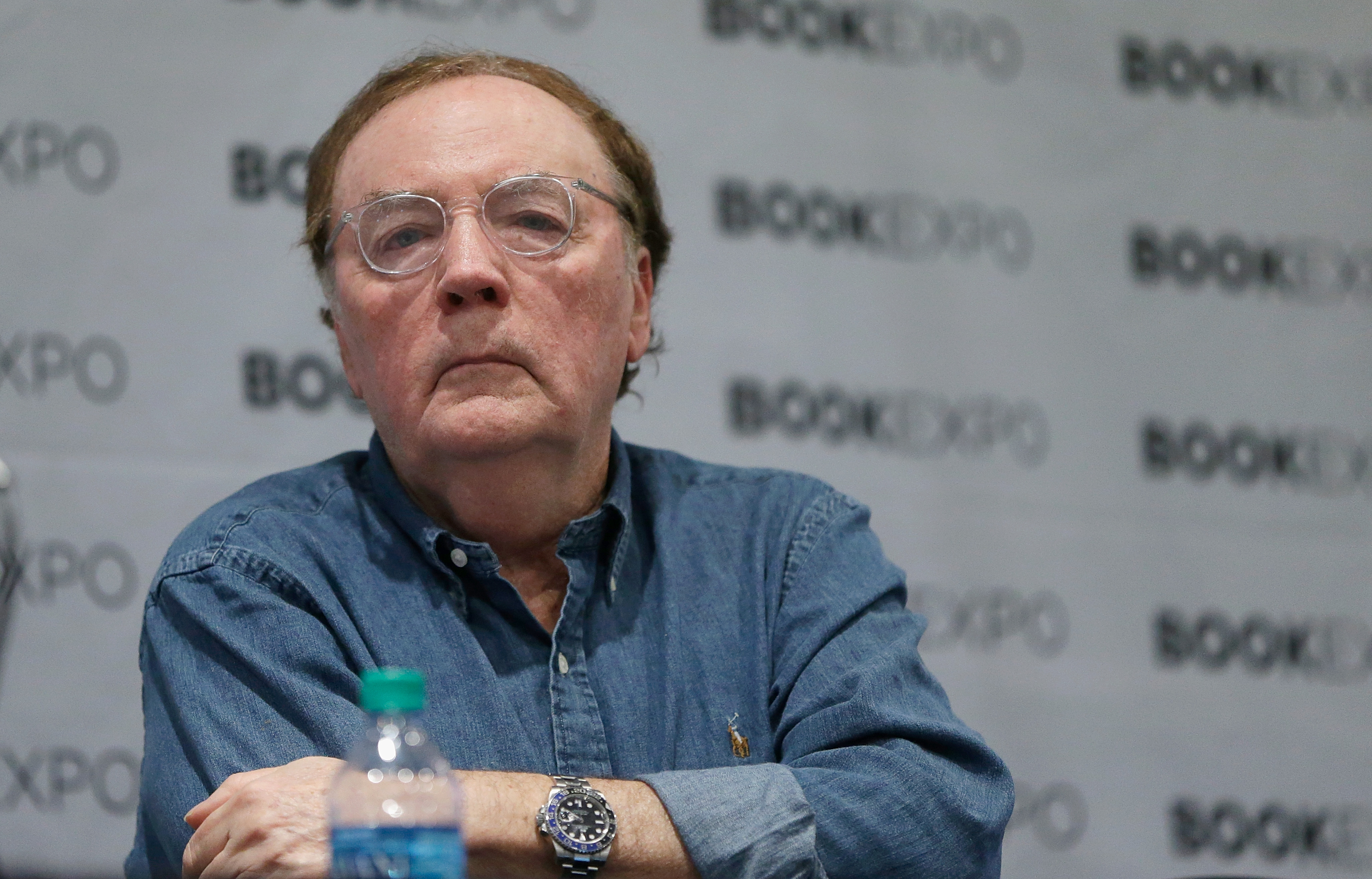 James Patterson Awards Annual Holiday Bonuses to 500 Booksellers
