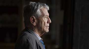 Daughter of the Late Amos Oz Says He Abused Her