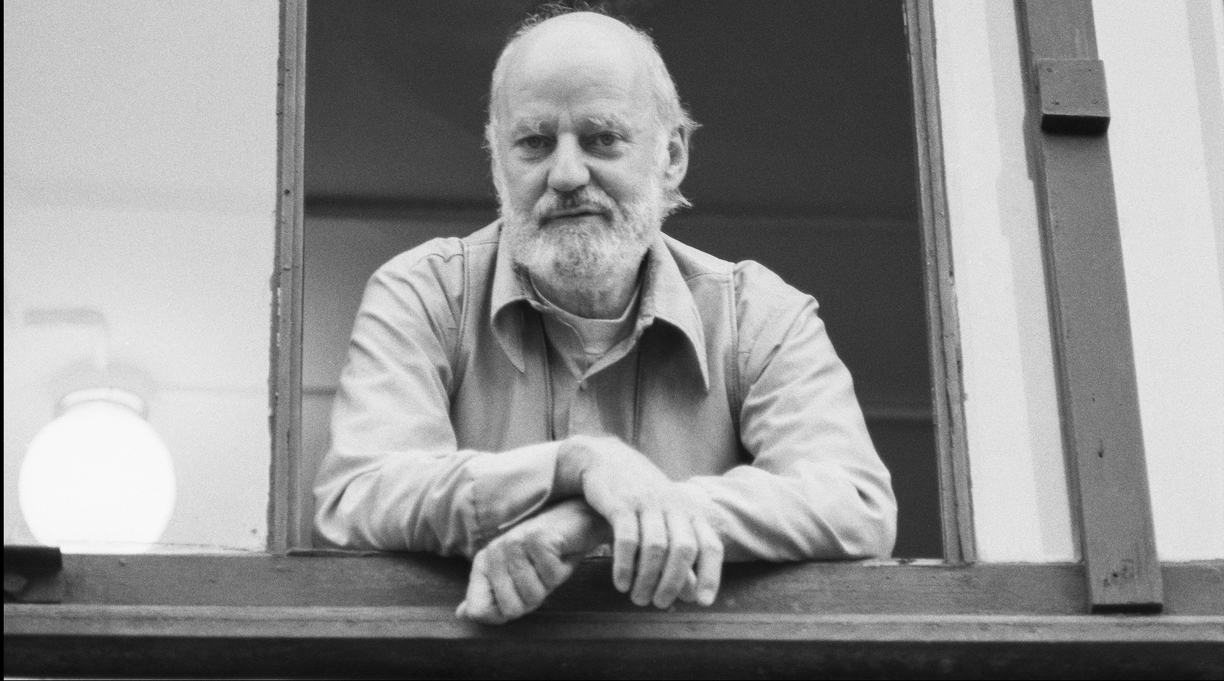 Poet Lawrence Ferlinghetti Is Dead at 101