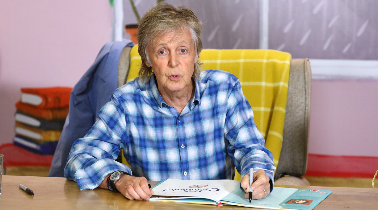 Paul McCartney Will Publish Book of His Lyrics