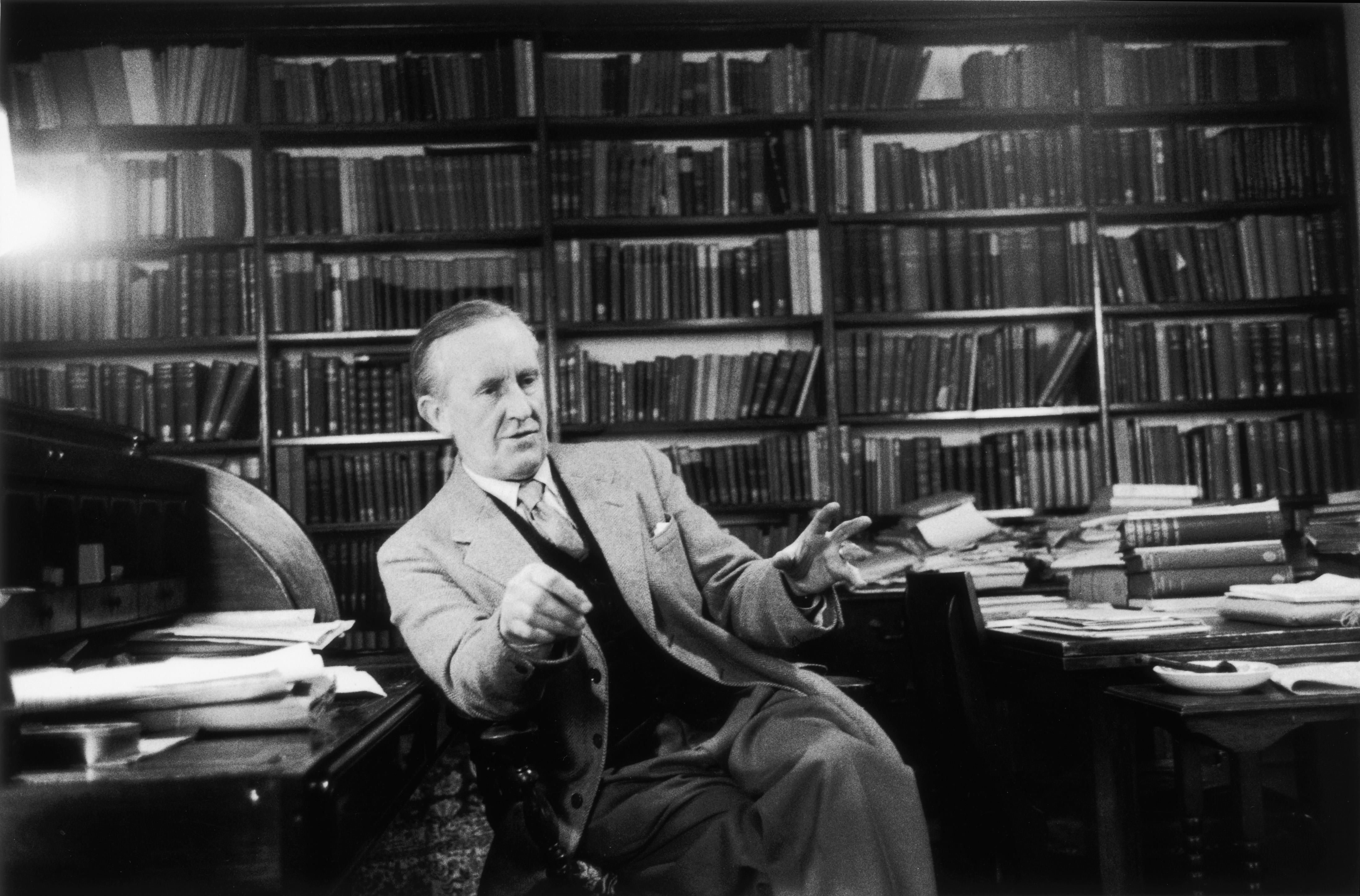 Christopher Tolkien, Fantasy Legend's Son, Dies