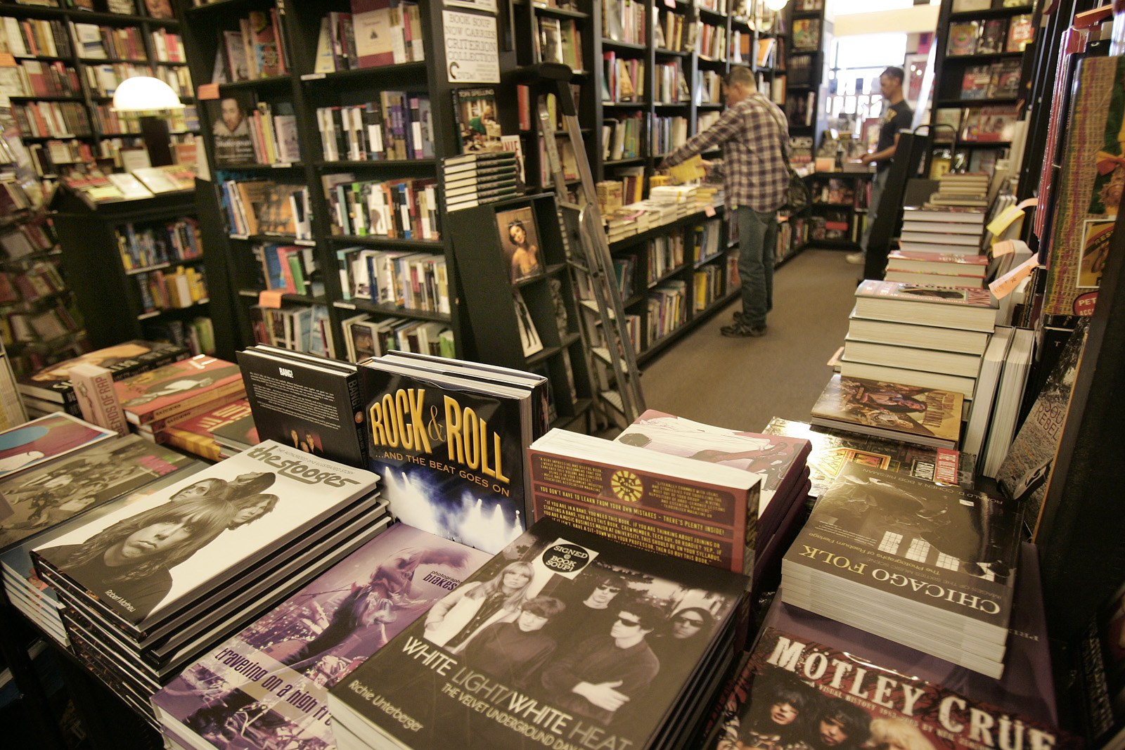 Publisher, Bookstores Cancel American Dirt Events