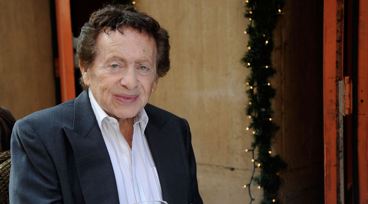 Comedian, Author Jackie Mason Dead at 93