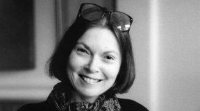 Writer Janet Malcolm Dies at 86