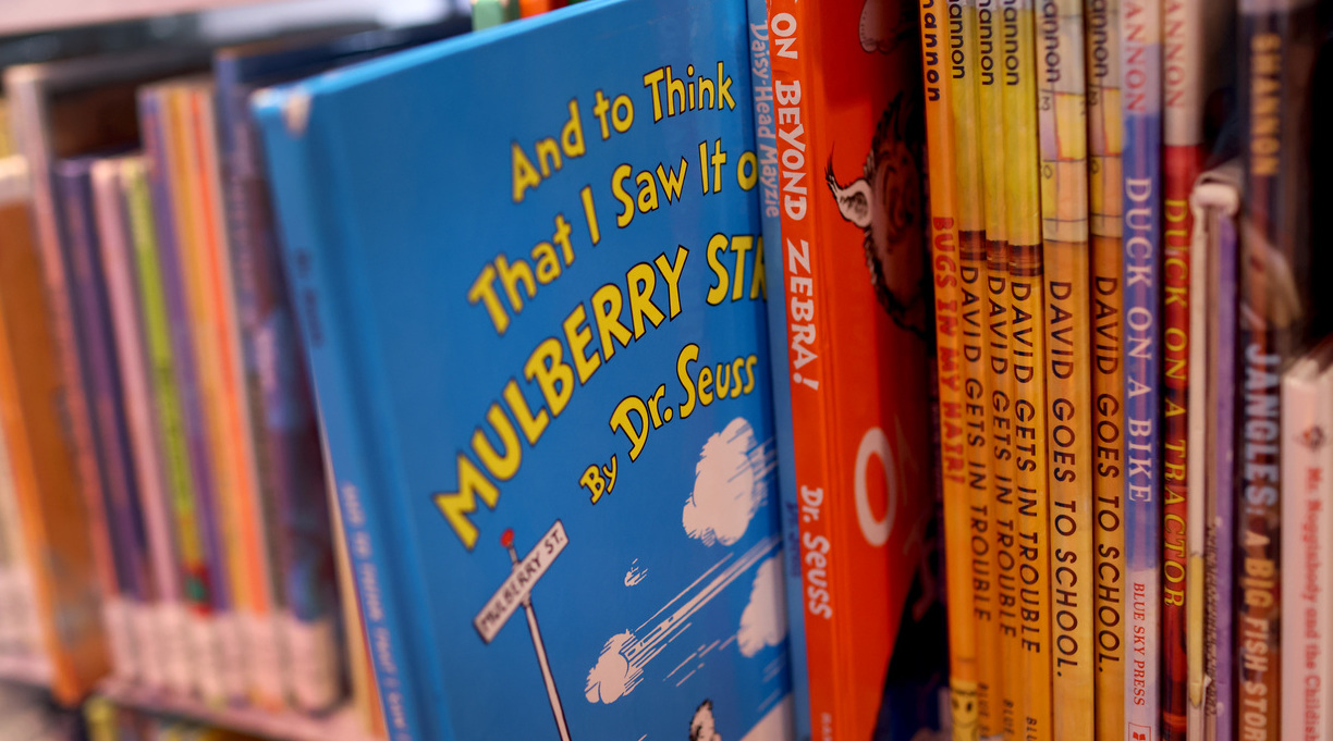 Chicago Library Temporarily Pulls Dr. Seuss Books