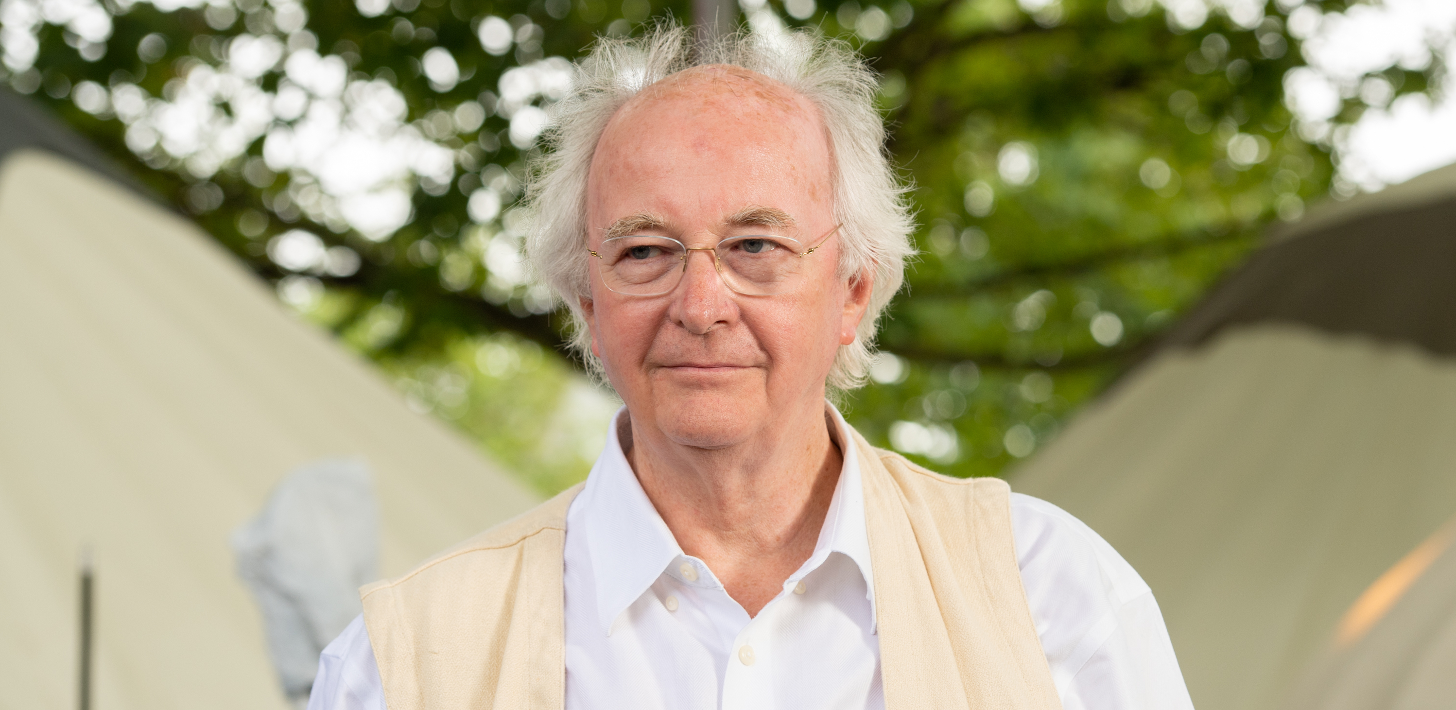 Philip Pullman Announces Authors Emergency Fund
