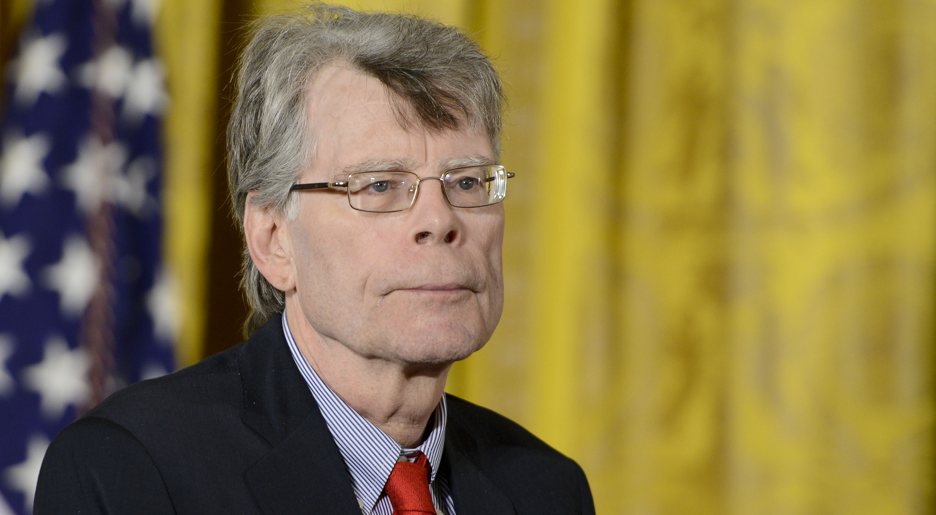 Stephen King Offers Stark COVID-19 Advice