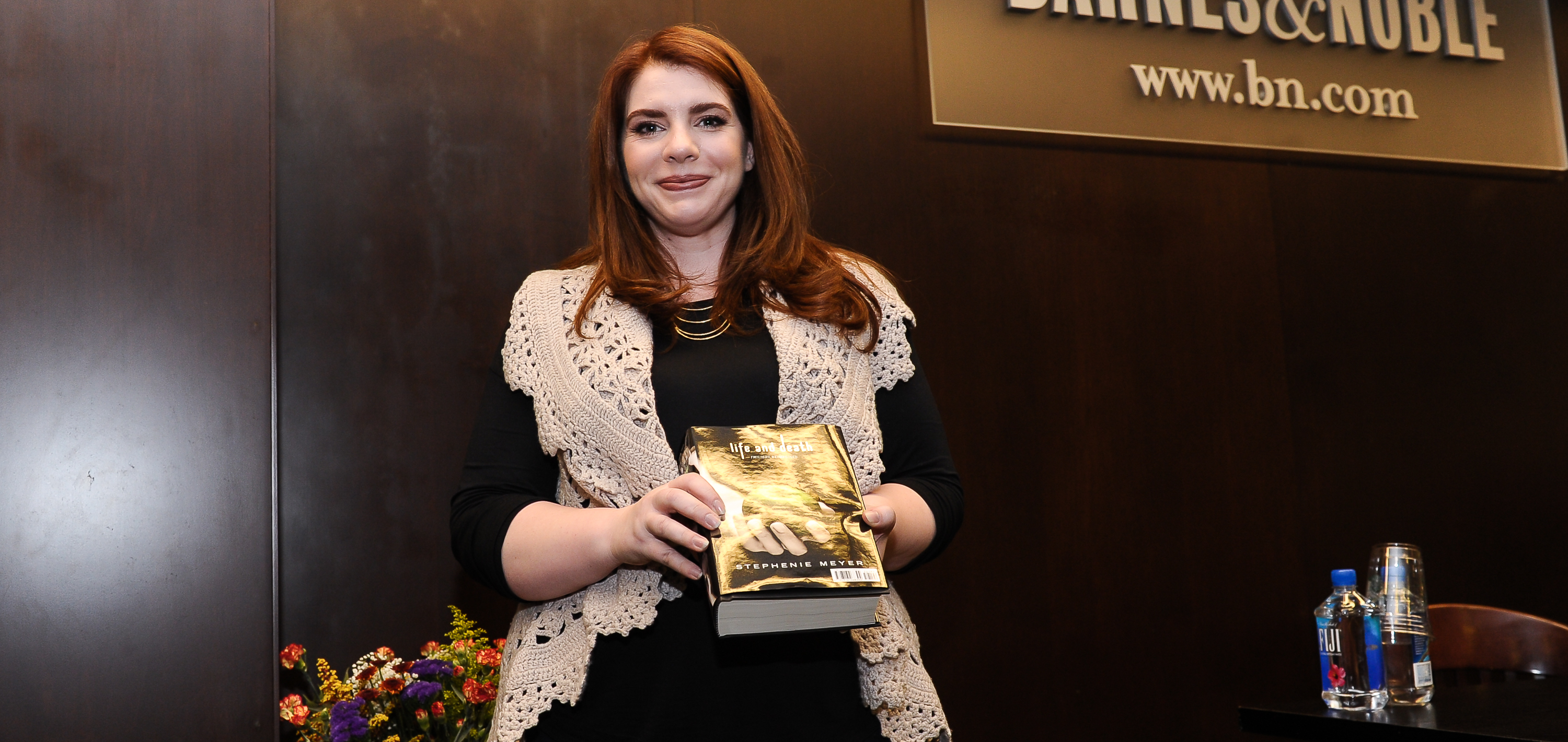 Stephenie Meyer Countdown Clock Has Fans Frenzied