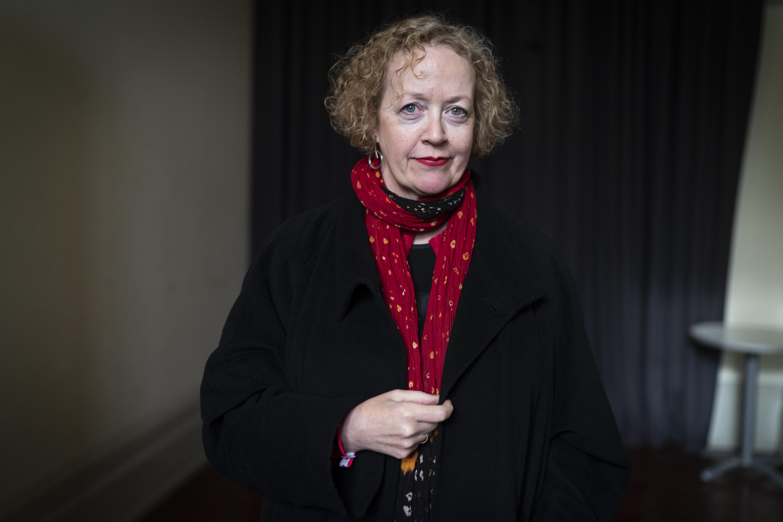 Lucy Ellmann wins Goldsmiths Prize for Ducks, Newburyport