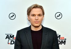 Two Booksellers Halt Sales of Ronan Farrow Book