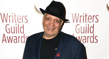 Walter Mosley Wins NBF Lifetime Achievement Award