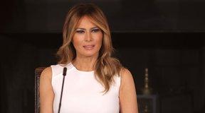 Book Compares Melania Trump to Marie Antoinette