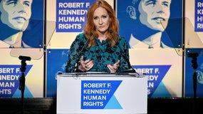 Critics Slam Cross-Dressing Killer in Rowling Book