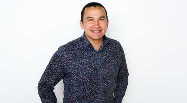 Wab Kinew's Multiple Worlds, Real and Virtual