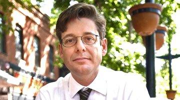 记者兼作家吉姆·希勒去世,享年53岁