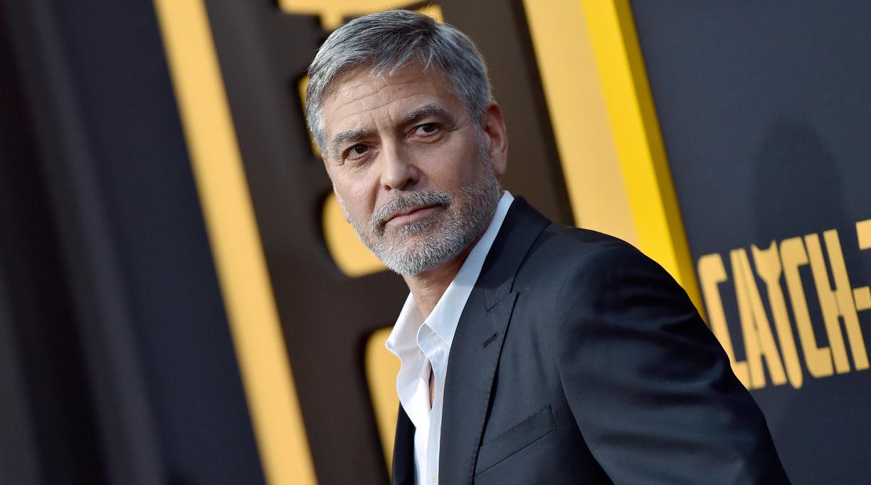 Clooney's 'Tender Bar' Film Will Open Dec. 17