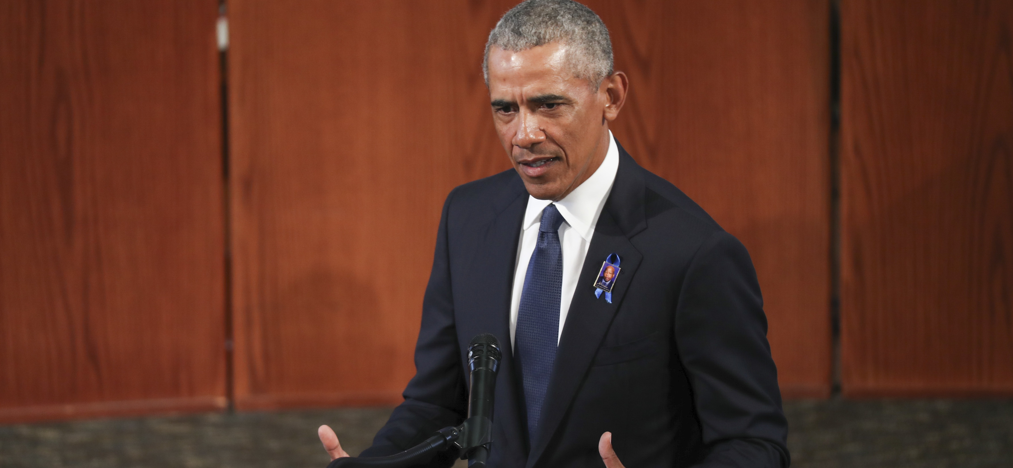 Obama Memoir Prompts Rescheduling of Booker Prize