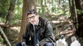 Alfred Molina To Star in 'Three Pines' Series