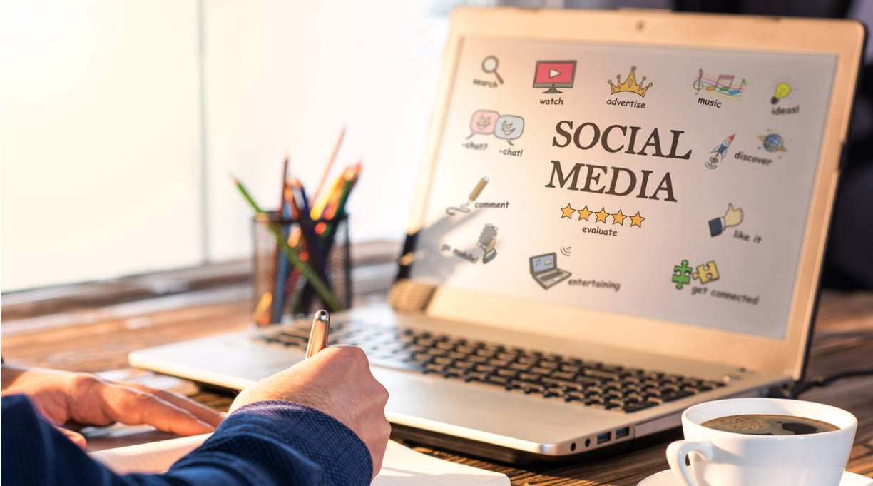 Social Media Etiquette for Writers: The Dos, the Don'ts, and the Never Evers